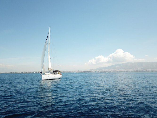 Boat for rent Bénéteau 46.0 feet in Marina Alimos (Kalamaki), Greece