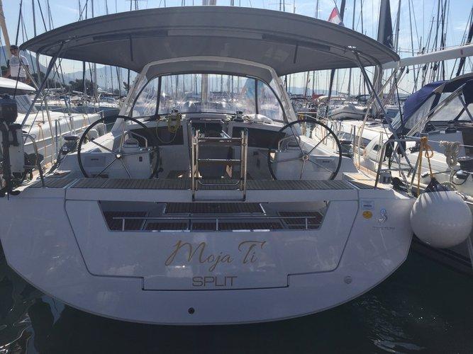 47.0 feet Bénéteau in great shape
