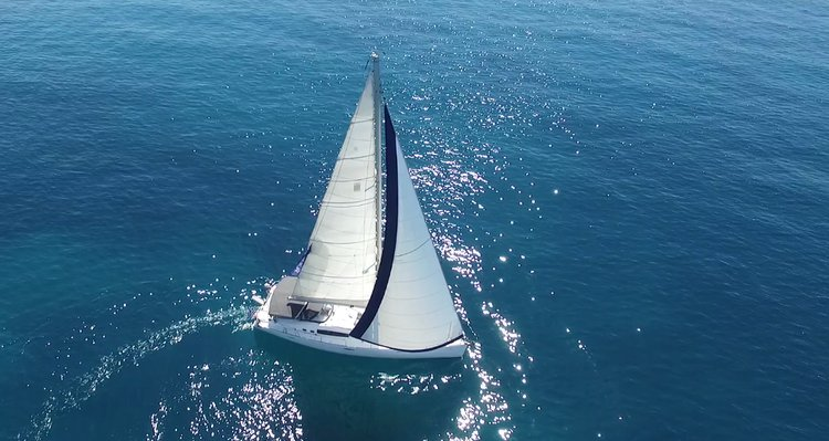 Get on the water and enjoy Saronic Gulf in style on our Bénéteau Oceanis 54
