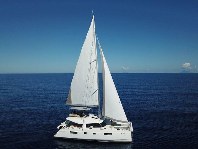 Relax on board our sailboat charter in Capo d'Orlando