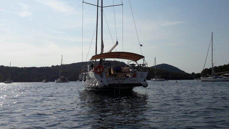 54.0 feet D&D Yacht in great shape