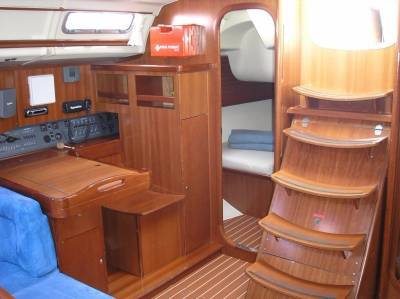 This 45.0' Dufour Yachts cand take up to 9 passengers around Cyclades