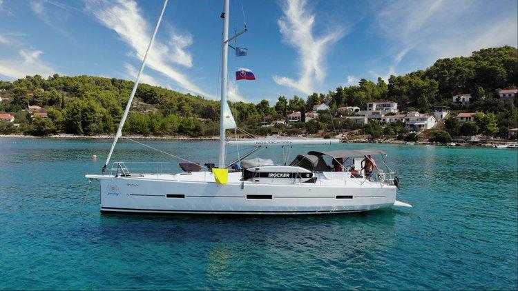 Boat for rent Dufour Yachts 46.0 feet in Marina Kastela, Croatia