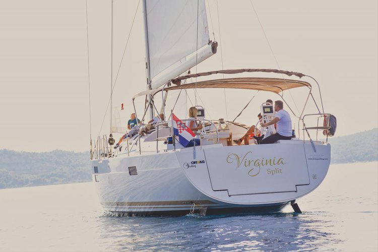 This 49.0' Elan Marine cand take up to 11 passengers around Split region