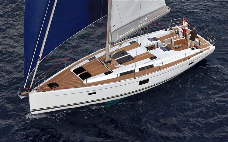 Enjoy luxury and comfort on this Hanse Yachts Hanse 455 in Zadar region