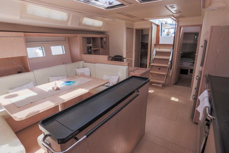 This 56.0' Hanse Yachts cand take up to 11 passengers around Split region