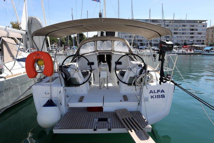 Enjoy luxury and comfort on this Jeanneau Sun Odyssey 349 in Split region