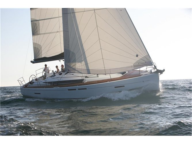 Charter this amazing Jeanneau Sun Odyssey 409 in Lavrion, GR