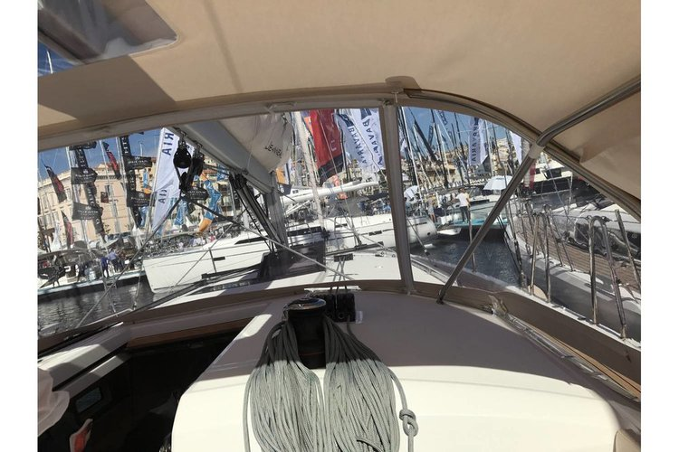 Jeanneau boat for rent in Saronic Gulf