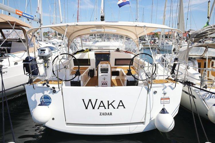 Rent this Jeanneau Sun Odyssey 440 for a true nautical adventure