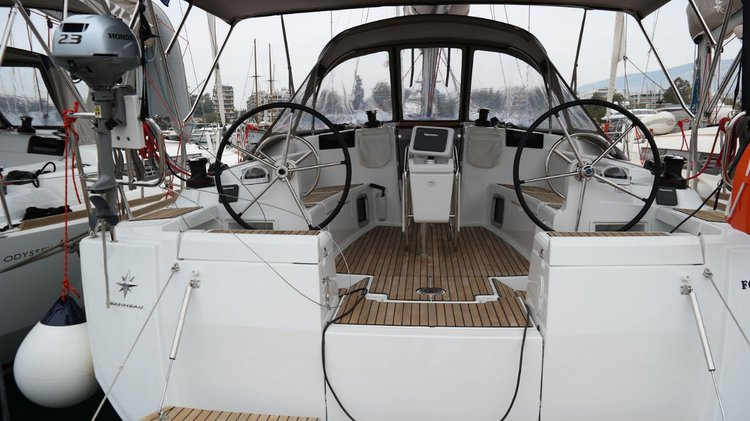 Explore Saronic Gulf on this beautiful sailboat for rent