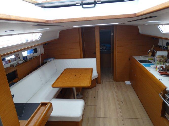 Boat for rent Jeanneau 47.0 feet in Marina Alimos (Kalamaki), Greece