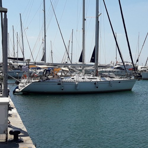 Boating is fun with a Jeanneau in Saronic Gulf