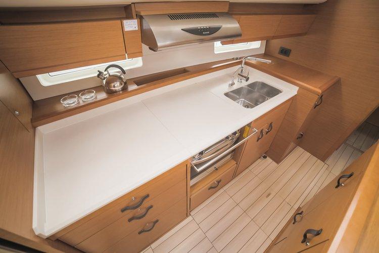 Jeanneau boat for rent in Split region