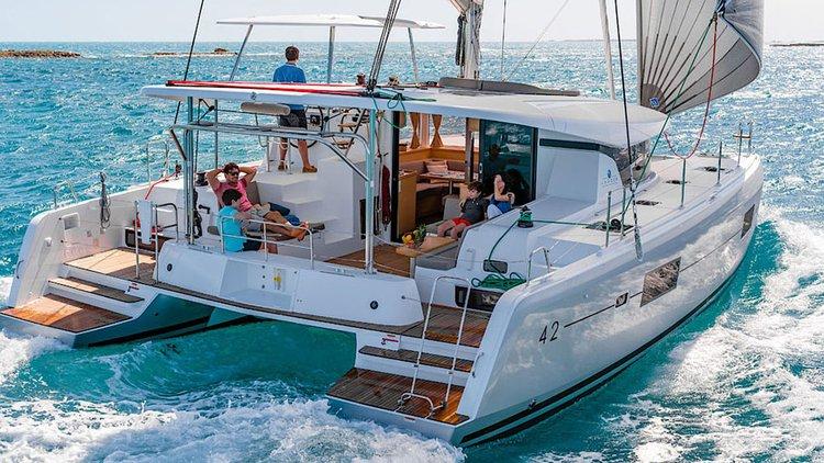 Boating is fun with a Lagoon-Beneteau in Balearic Islands