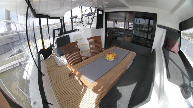 This 41.0' Lagoon-Bénéteau cand take up to 8 passengers around Šibenik region