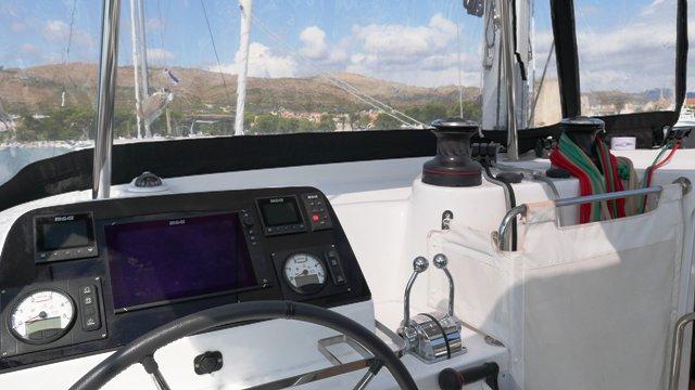 Discover Split region surroundings on this Lagoon 42 Lagoon-Bénéteau boat