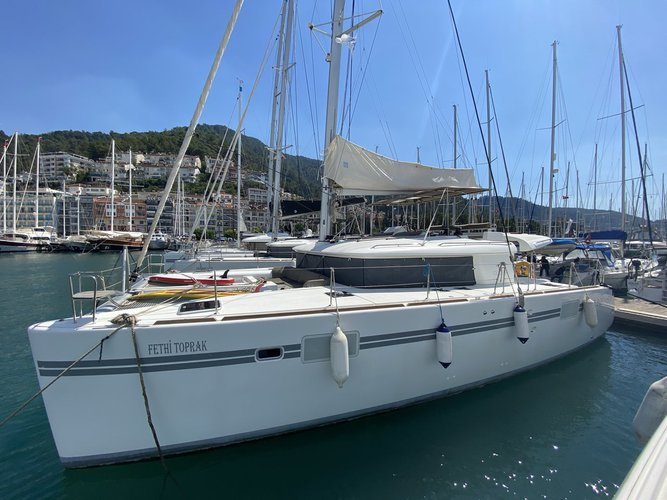 Charter this amazing sailboat in Aegean