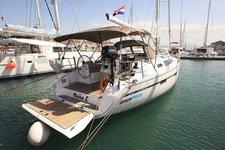 Charter this amazing Bavaria Yachtbau Bavaria Cruiser 41 in Split region, HR