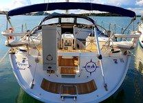 Enjoy luxury and comfort on this Šibenik region sailboat charter