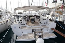 Get on the water and enjoy Aegean in style on our Bénéteau Oceanis 45
