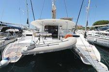 Beautiful Fountaine Pajot Lipari 41 ideal for sailing and fun in the sun!