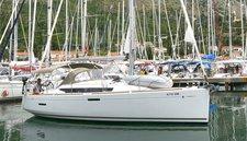Experience Dubrovnik region on board this elegant sailboat