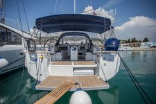 Enjoy Split region, HR to the fullest on our comfortable Jeanneau Sun Odyssey 440