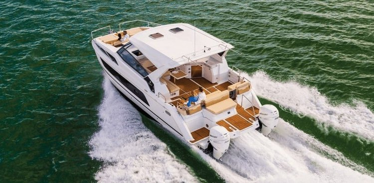 Ride through water aboard this amazing Power Cat to explore New York