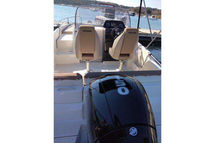 Motor boat boat rental in Marina Tehnomont Veruda, Pula, Croatia
