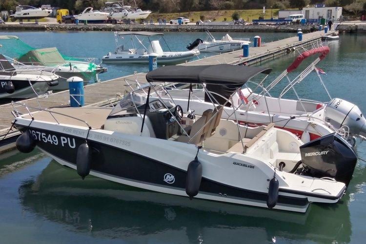 Motor boat boat for rent in Pula