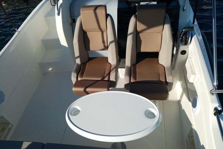 Boat for rent Quicksilver 23.0 feet in Tehnomont Marina Veruda, Croatia