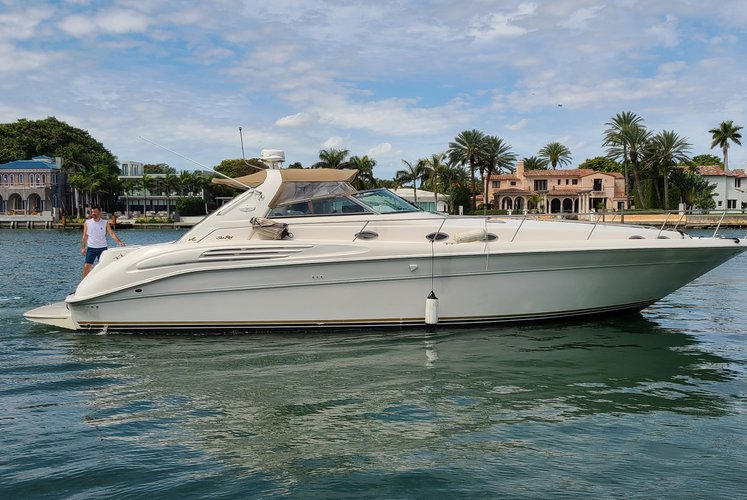 """Enjoy Beautiful Miami's Waters on our 49"""" Sea Ray  Yacht"""