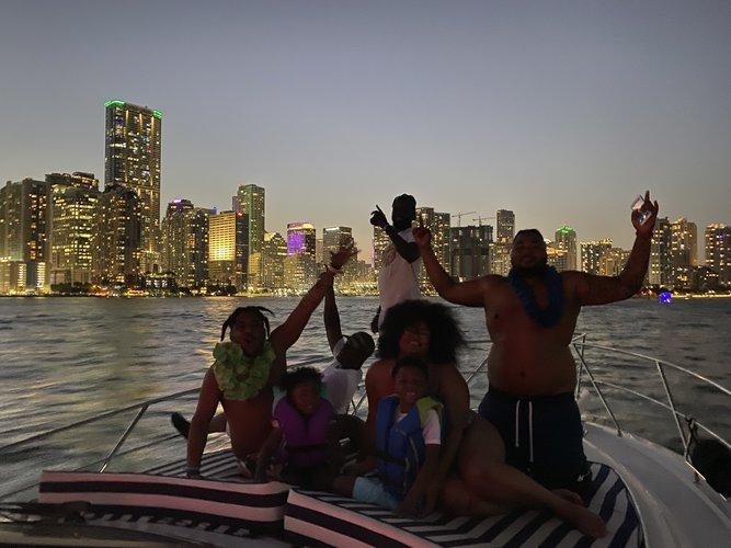 Cruiser boat rental in La Coloma Marina, FL