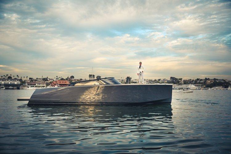 Cruiser boat rental in Newport Beach, CA