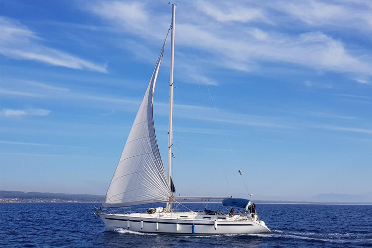BAVARIA 46 | 4 cabins, 10 guests,  2 wc & Air Condition for the most comfortable sailing holidays