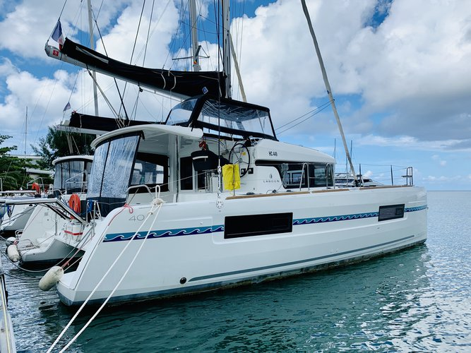 Hop aboard this amazing sailboat rental in Pointe a Pitre!