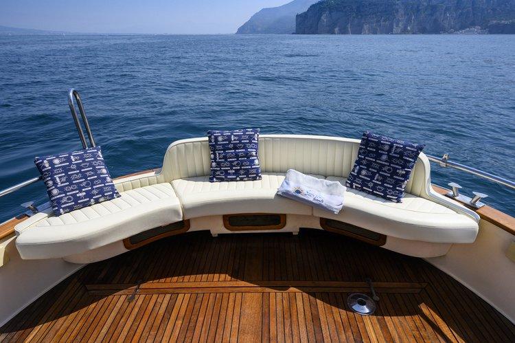 Motor boat boat for rent in SORRENTO
