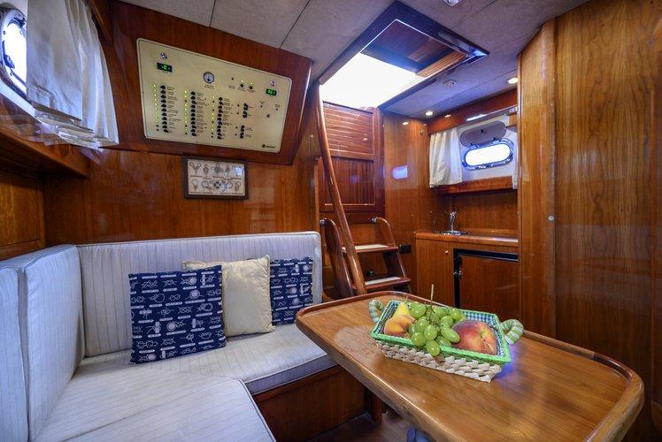 Discover SORRENTO surroundings on this Libeccio 11HT Aprea boat