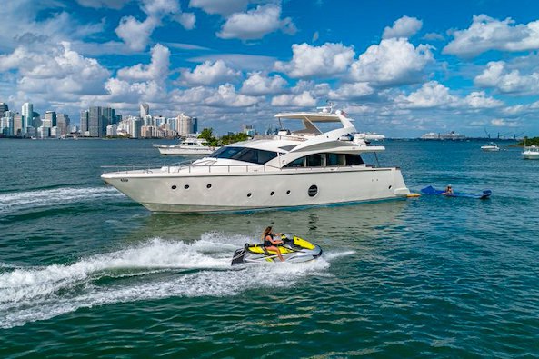 Rent a Luxury Yachting Experience! 75' Aicon