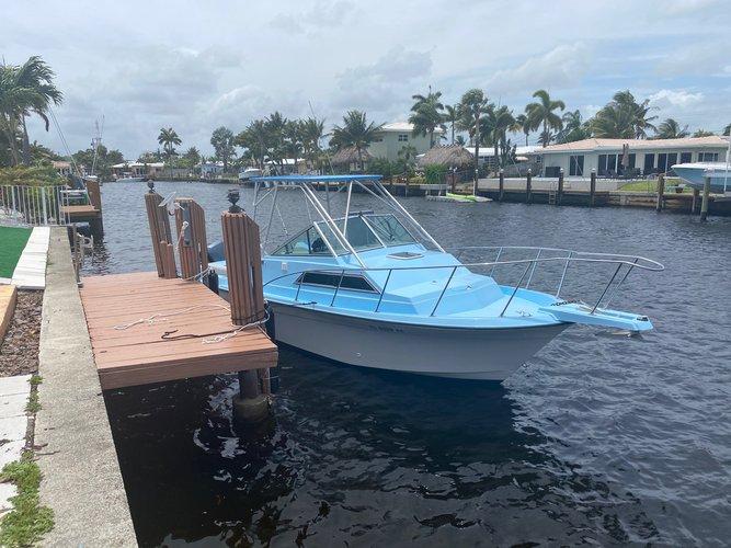 Motor Boat Rental Wellcraft 25ft in Pompano Beach, Florida