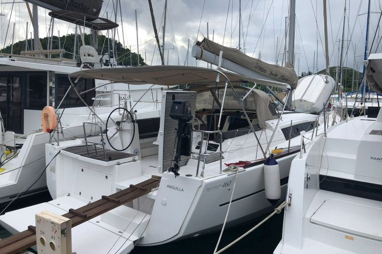 Enjoy sailing in US Virgin Islands aboard 46 ft boat