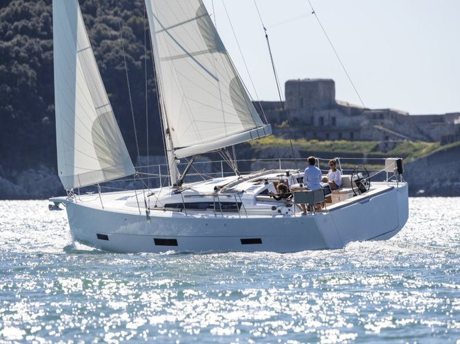 Relax on board our sailboat charter in Orhaniye