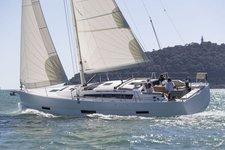 Enjoy sailing in US Virgin Islands aboard 43' boat