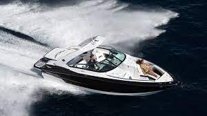 Enjoy the Hamptons by water on our Monterey 328 SS