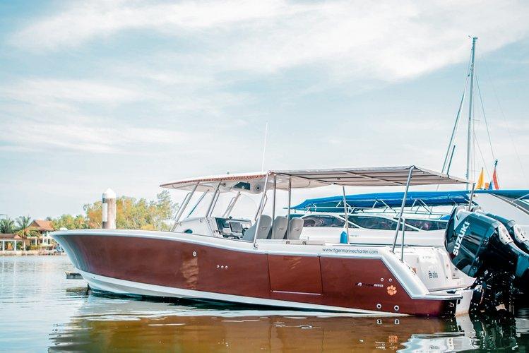 Lucus 7 – VIP Private Speedboat