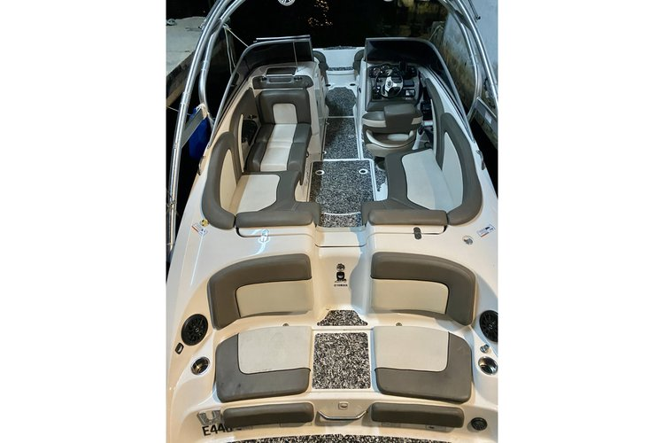 Up to 10 persons can enjoy a ride on this Bow rider boat