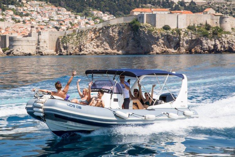 Day tour RIB boat