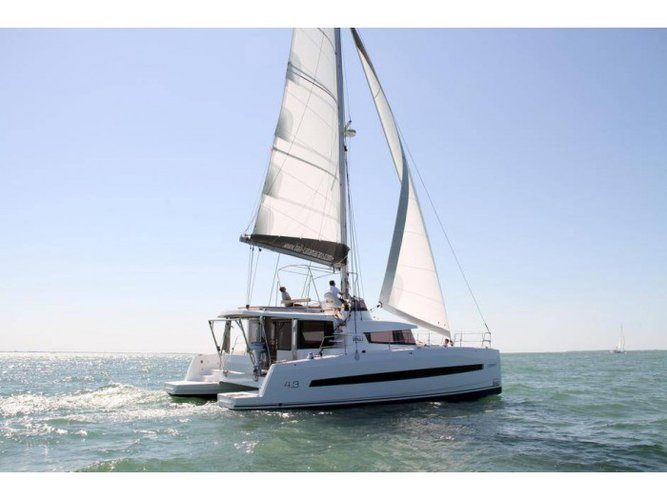 This 43.0' Bali cand take up to 8 passengers around Whitsunday Region of Queensland