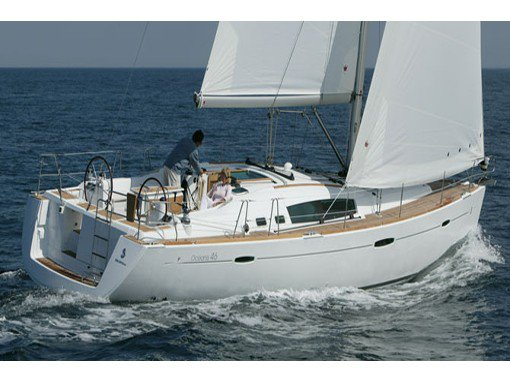 Sail the beautiful waters of Lavrion on this cozy Beneteau Oceanis 46